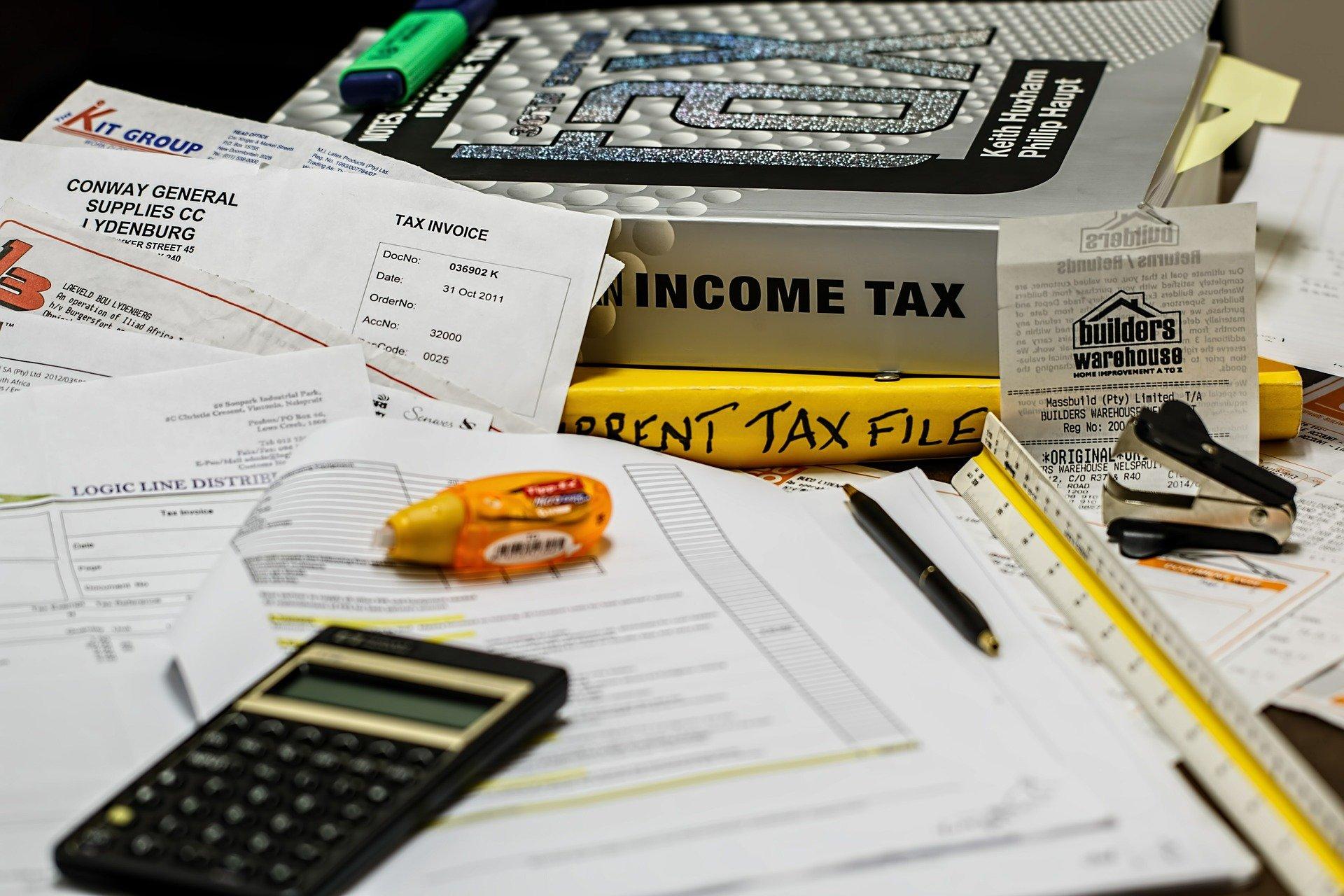 Undgå bøder fra SKAT med hjælp fra dit lønsystem
